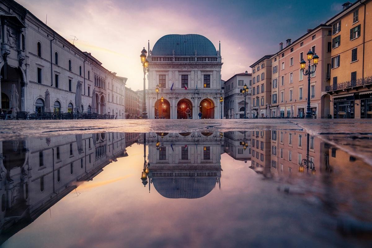 Brescia, piazza Loggia - Visit Brescia, Bresciatourism